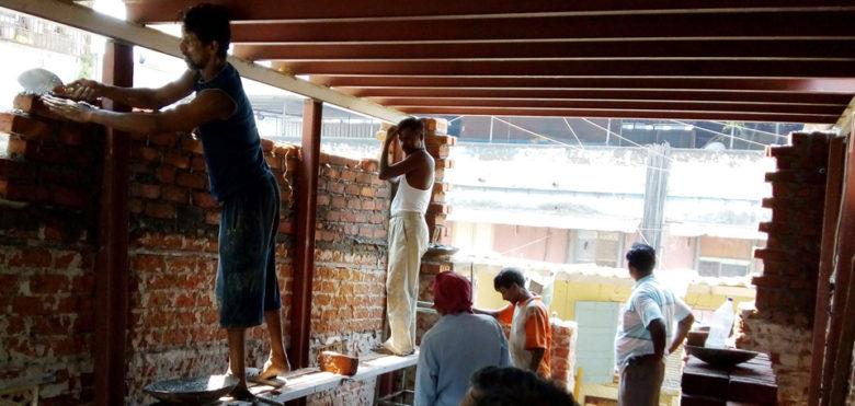 INDIA: sono iniziati i lavori per ricostruire la casa della GSM!